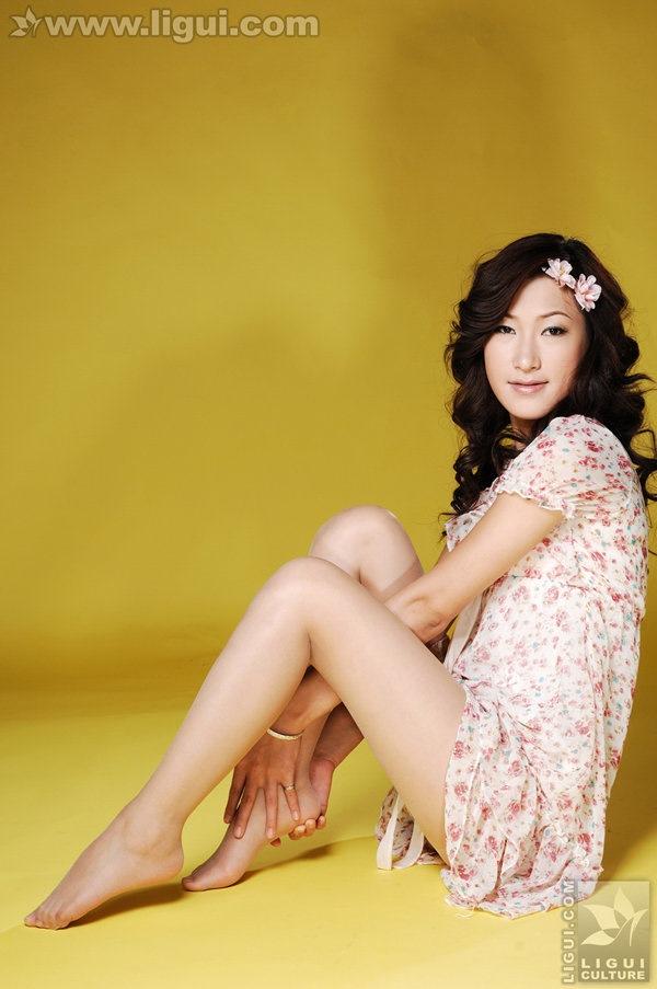 [Ligui丽柜]2009.11.09 婷婷迷人风情之甜蜜蜜系列 Model 婷婷[22P/9.34M]